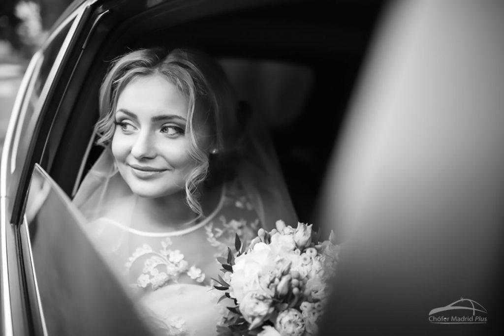 novia-coche-con-chofer-boda-madrid-02-2019