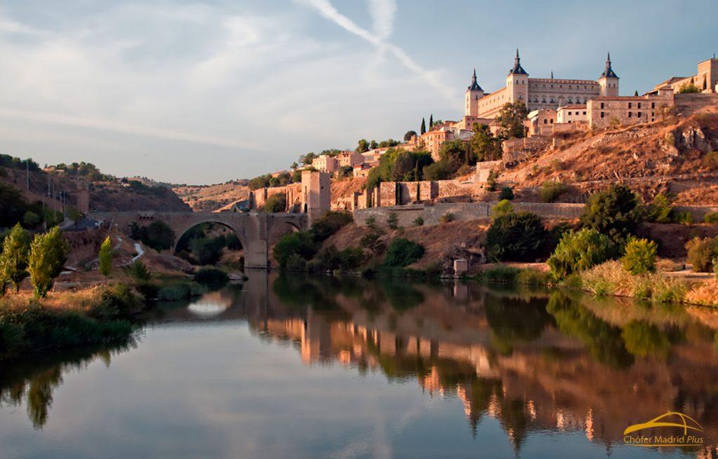 Alquiler de coches con chofer para Toledo