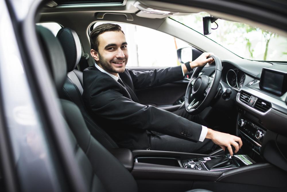 Alquiler de coches con chófer para viajes nacionales